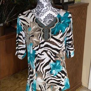 NWOT Susan Graver short sleeved top